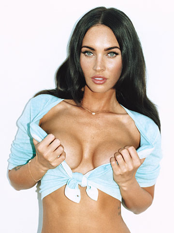 titmegan-fox-gq-outtakes-megan-fox-nipple-slip-megan-fox-brian-austin-green-megan-fox-movies-megan-fox-photos-megan-fox-pink-black-red-white-bikini-megan-fox-maxim-megan-fox-fhm-meg2