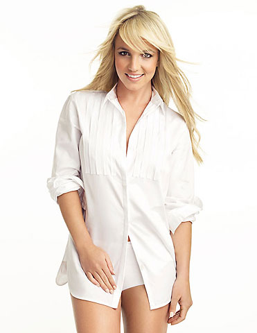 britney-spears-glamour-magazine-december-2008-britney-spears-photoshop-britney-spears-comeback-britney-spears-lyrics-britney-spears-rolling-stone-magazine-2008-britney-spears-hugh2