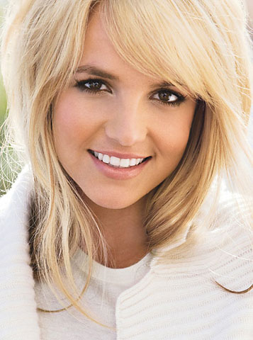 britney-spears-glamour-magazine-december-2008-britney-spears-photoshop-britney-spears-comeback-britney-spears-lyrics-britney-spears-rolling-stone-magazine-2008-britney-spears-hugh6