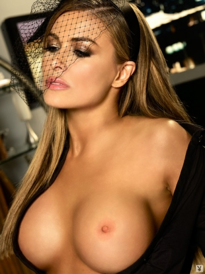carmen-electra-55th-anniversary-playboy-magazine-january-2009-naked-nude-topless-kim-kardashian-wrestle-video-married-divorced-nipple-slip-celebrity-upskirts-padma-lakshmi-sarah-shahi-br2