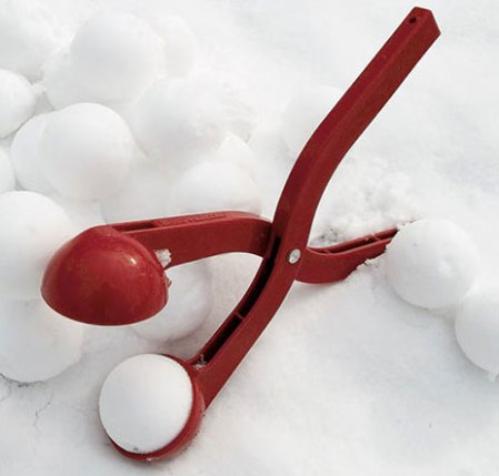 sno-baller-snow-ball-maker