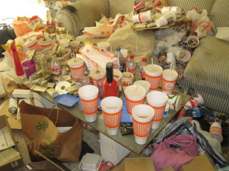 houston_mess_apartment_slob_disgusting_17