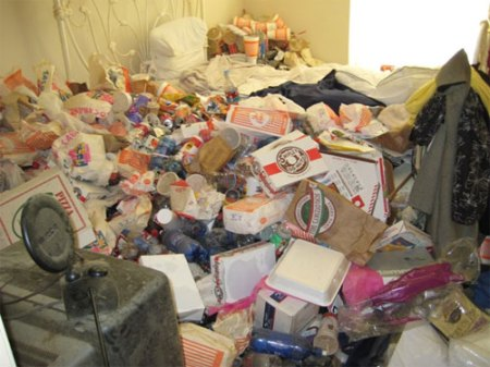 houston_mess_apartment_slob_disgusting_5