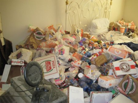 houston_mess_apartment_slob_disgusting_6