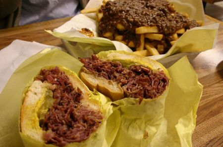 leipa800px-pastrami_and_fries_from_the_hat